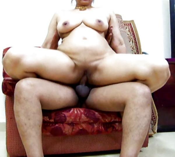 50 pics of Slutty bhabhi with Devar 13