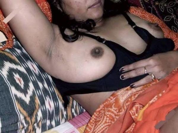 Desi bhabhis naked body pics 4