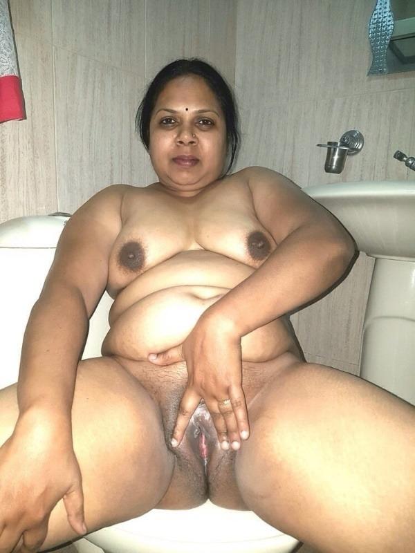 Desi bhabhis naked body pics 50