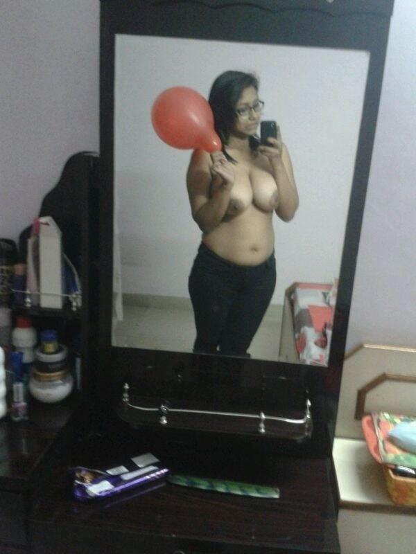 Desi virgin girls sexy boob show 37