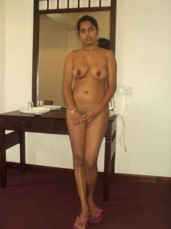 Married Indian sluts exposing boobs and hairy pussy 24