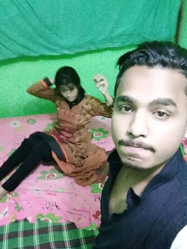 Sexy Indian couples nude pics 19