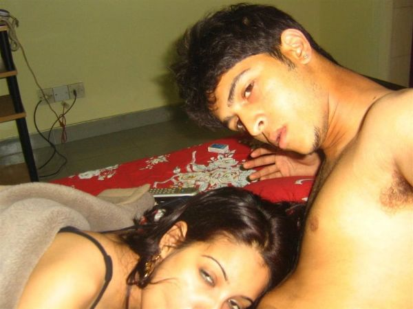 Sexy Indian couples nude pics 40