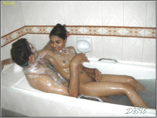 Sexy Indian couples nude pics 43