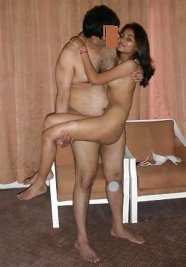 Sexy Indian couples nude pics 47