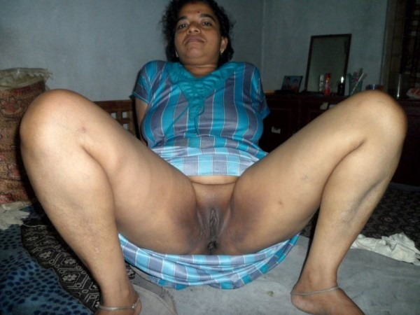 South Indian mallu aunties in one gallery 28