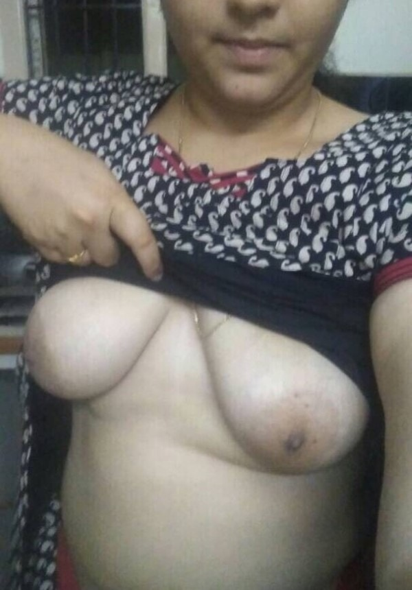 South Indian mallu aunties in one gallery 5