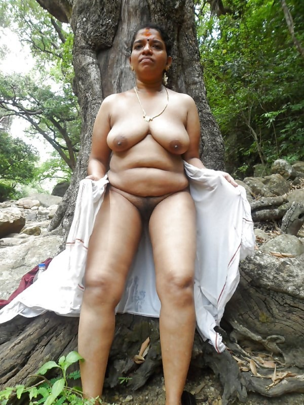 South Indian mallu aunties in one gallery 50