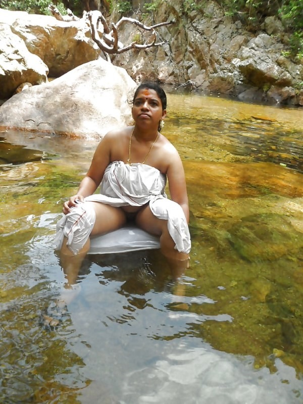 South Indian mallu aunties in one gallery 51