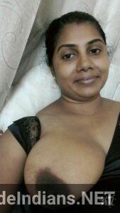 mallu hot aunty sexy boobs min
