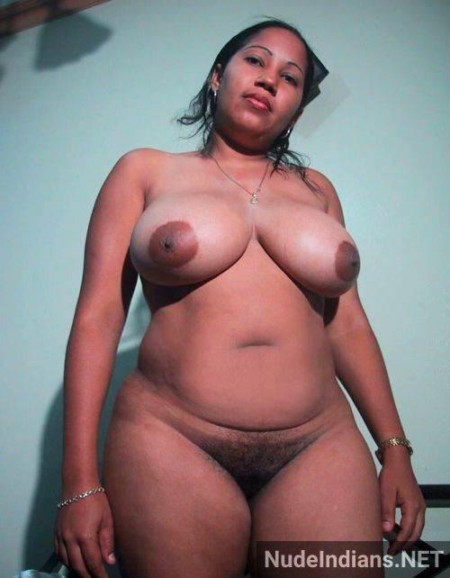 tight kadak indian desi boobs