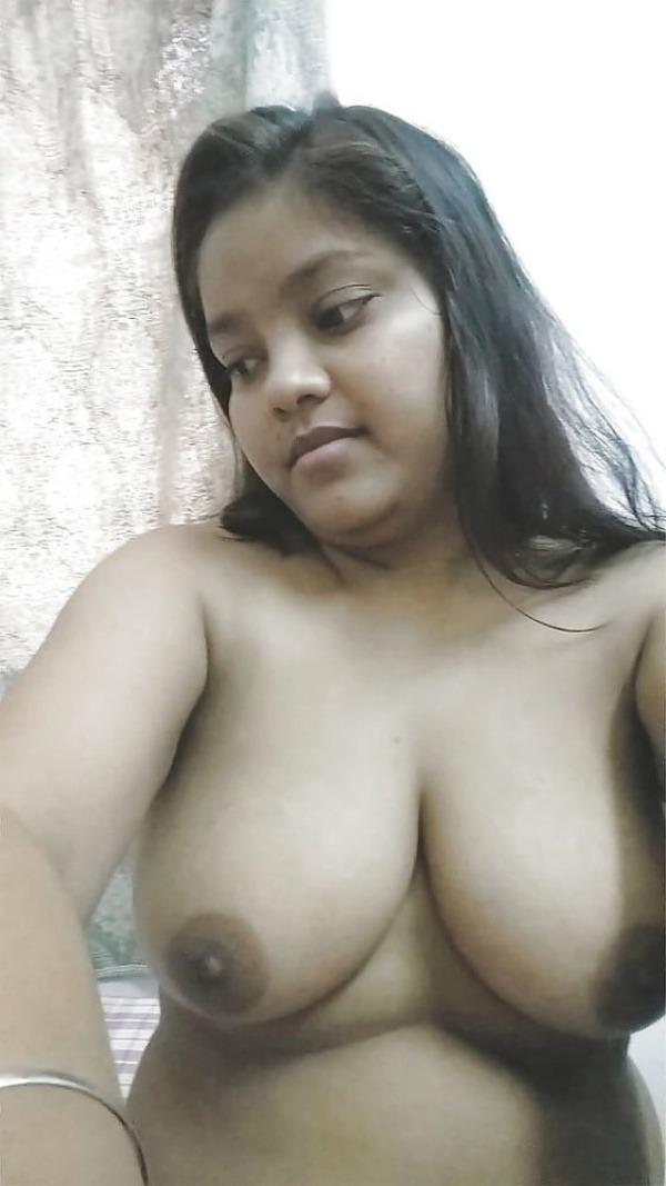 daring indian bhabhi xxx pics - 8