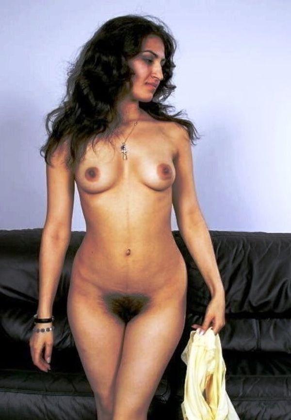 desi girls nude xxx gallery - 3