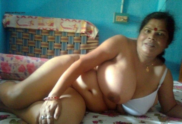 desi lonely mature aunties gallery - 9