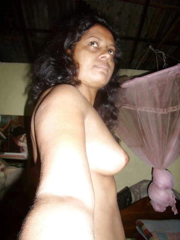 desi mallu hot nude pics - 2