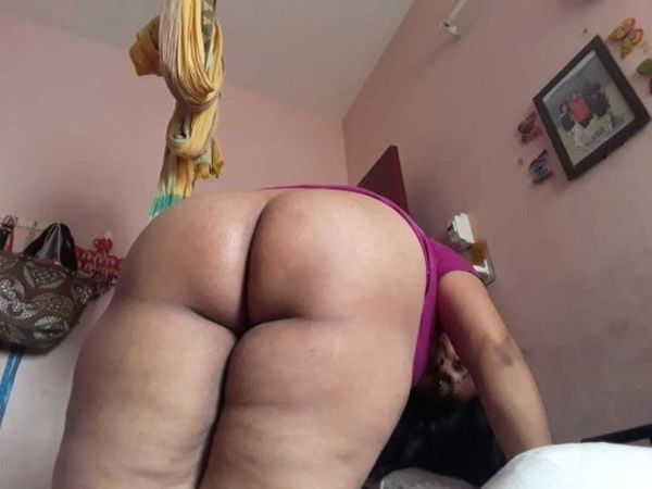 desi mature aunties showing big ass and pussy - 37