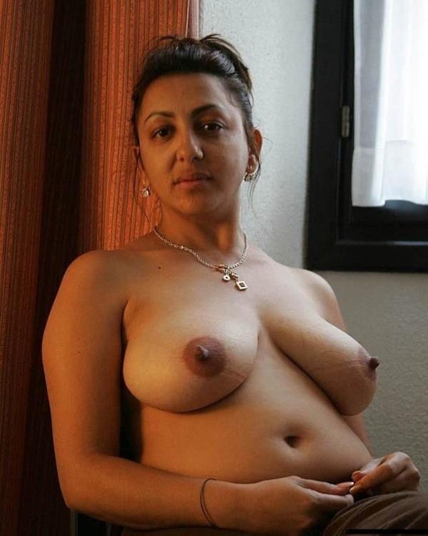 desi mature big tits pics - 32