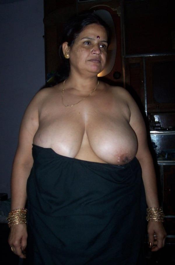 desi mature big tits pics - 48