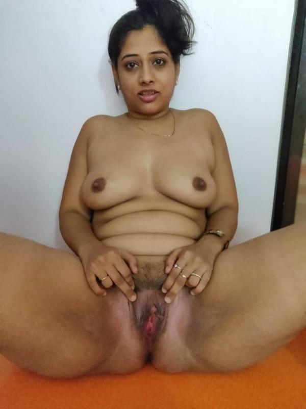 desi women mature pussy pics - 5