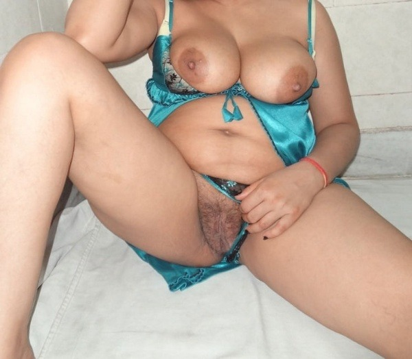 desi women mature pussy pics - 50
