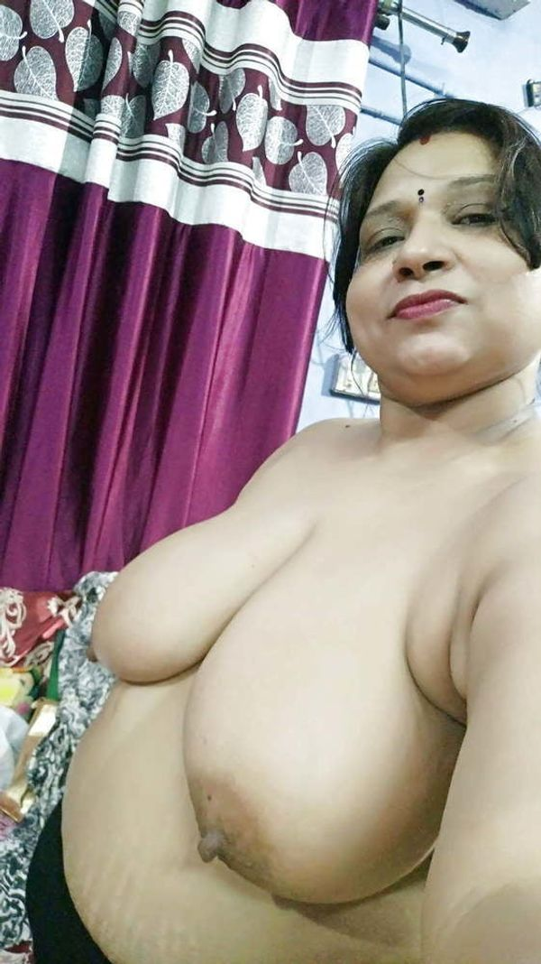 indian chubby nude aunties pics - 14