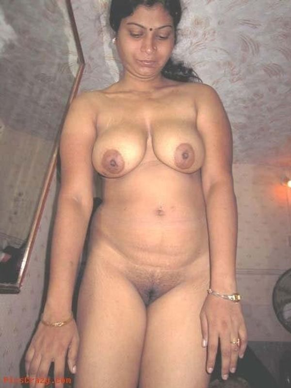 indian chubby nude aunties pics - 17