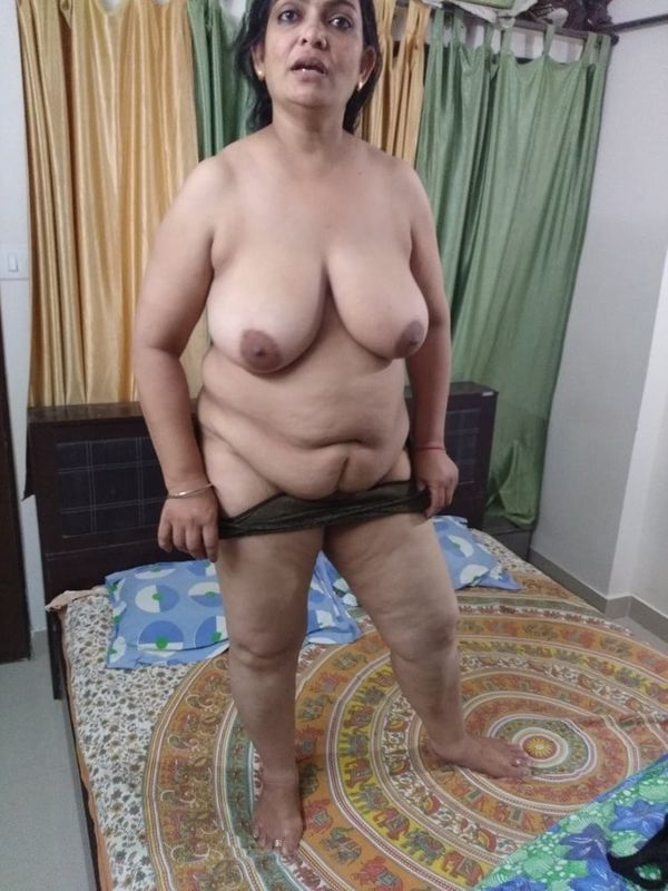 indian chubby nude aunties pics - 18