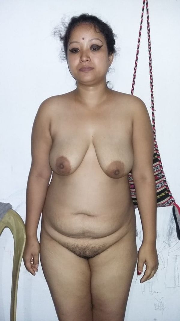 indian chubby nude aunties pics - 22