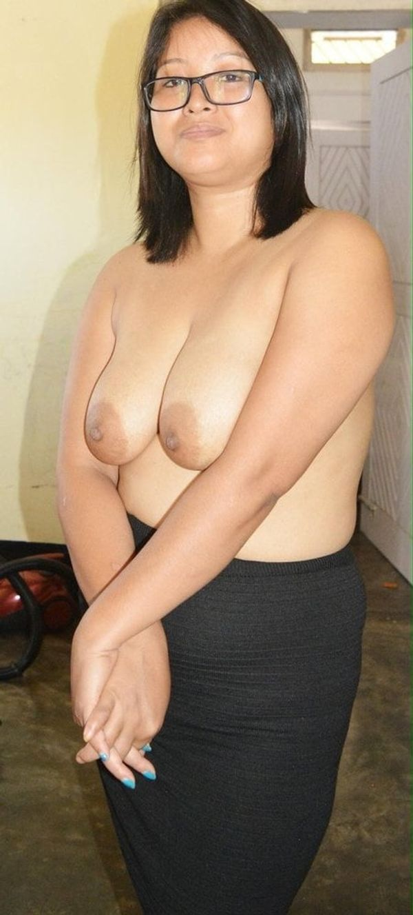 indian chubby nude aunties pics - 23