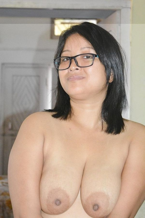 indian chubby nude aunties pics - 24