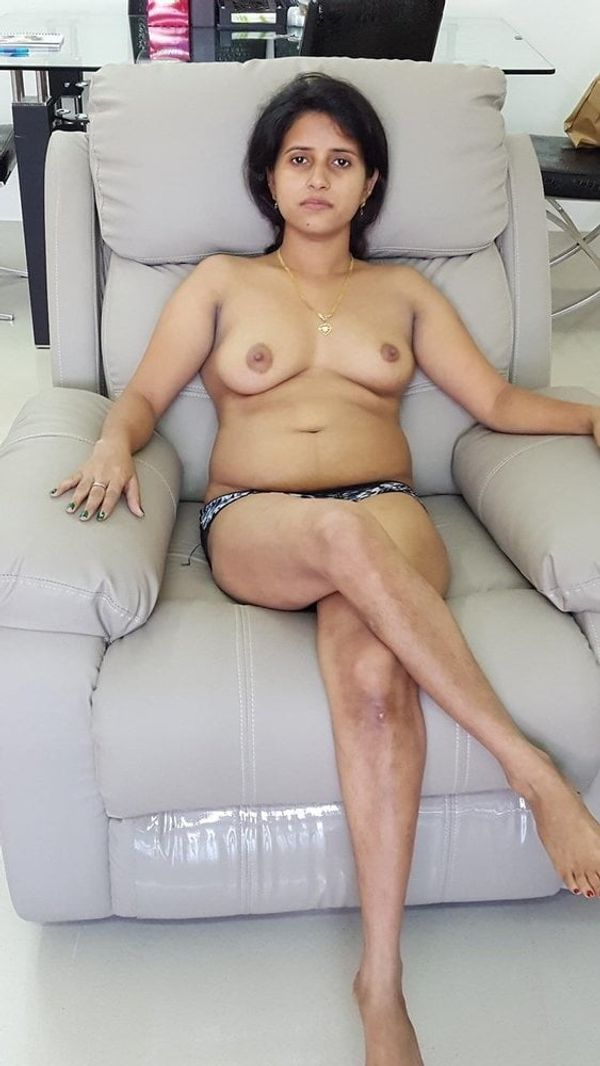 indian chubby nude aunties pics - 26