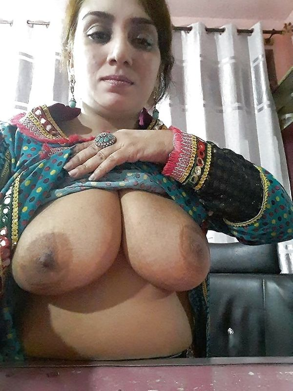 indian chubby nude aunties pics - 29