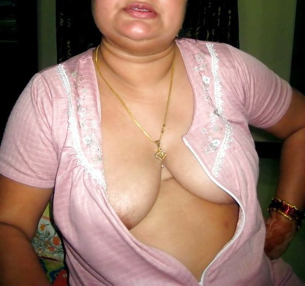 indian chubby nude aunties pics - 3