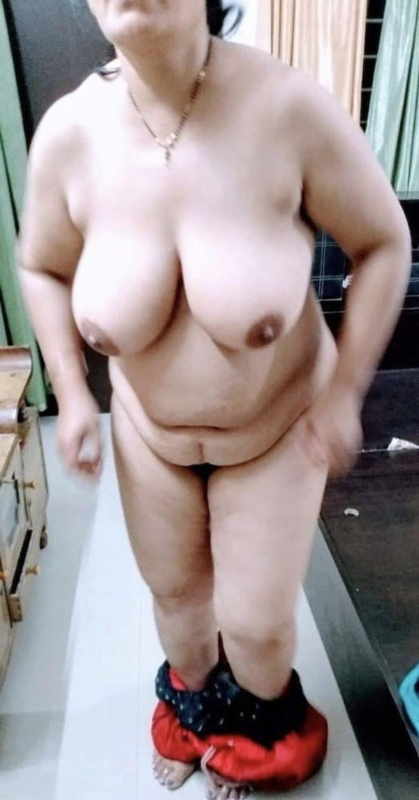 indian chubby nude aunties pics - 36