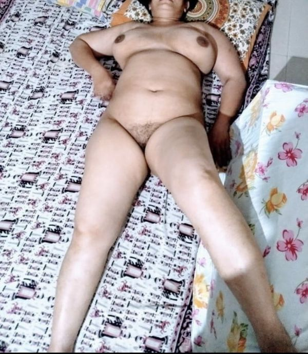 indian chubby nude aunties pics - 40