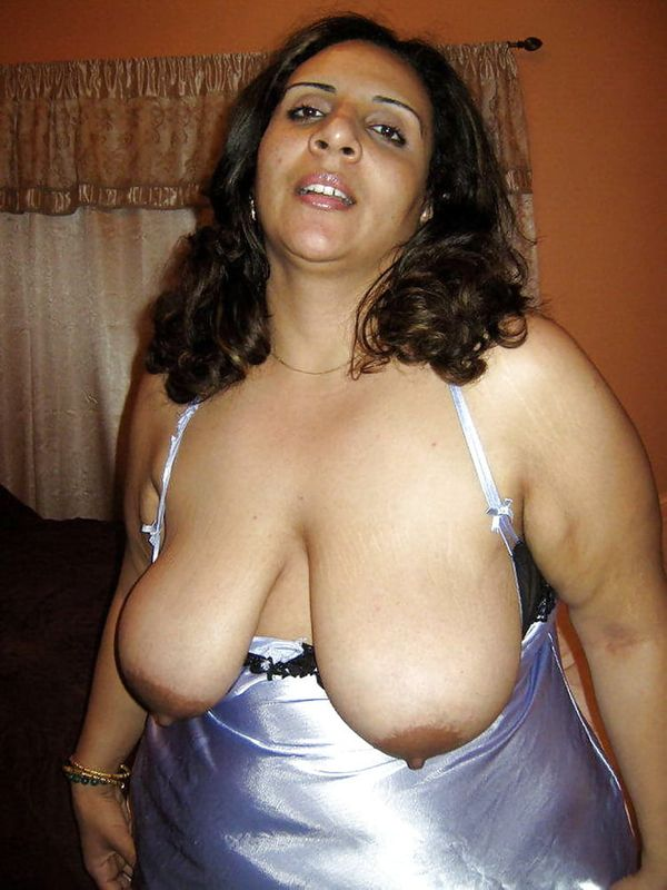 indian chubby nude aunties pics - 47