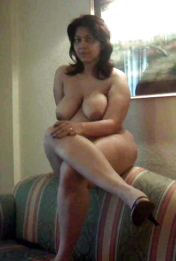 indian chubby nude aunties pics - 5