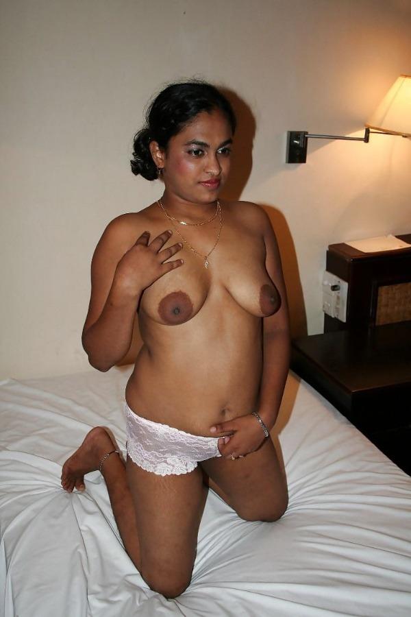 indian girls nude xxx gallery - 20