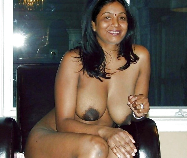 indian ladies natural tits gallery - 20