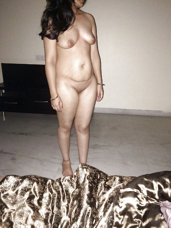 indian ladies natural tits gallery - 37