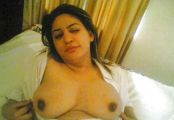 indian ladies natural tits gallery - 5