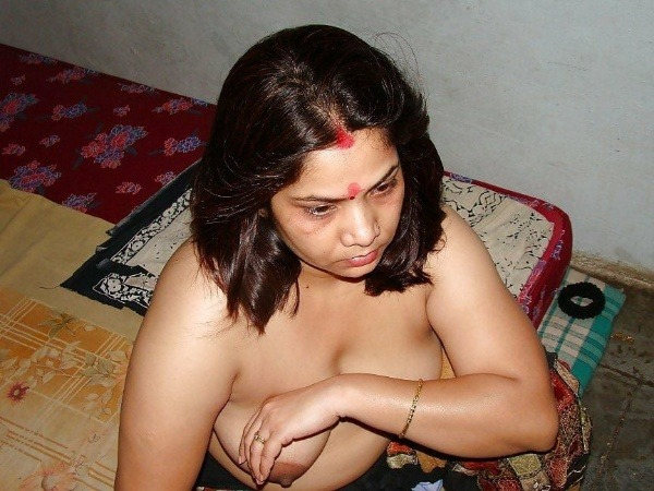 indian rural horny aunties pics - 17