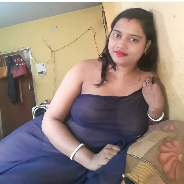 indian rural horny aunties pics - 8