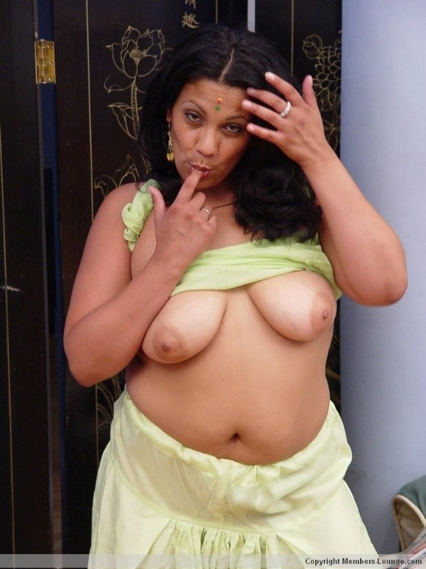 naughty mallu hot nude pics - 18