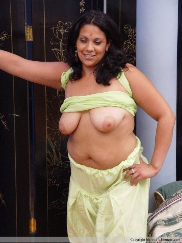 naughty mallu hot nude pics - 21