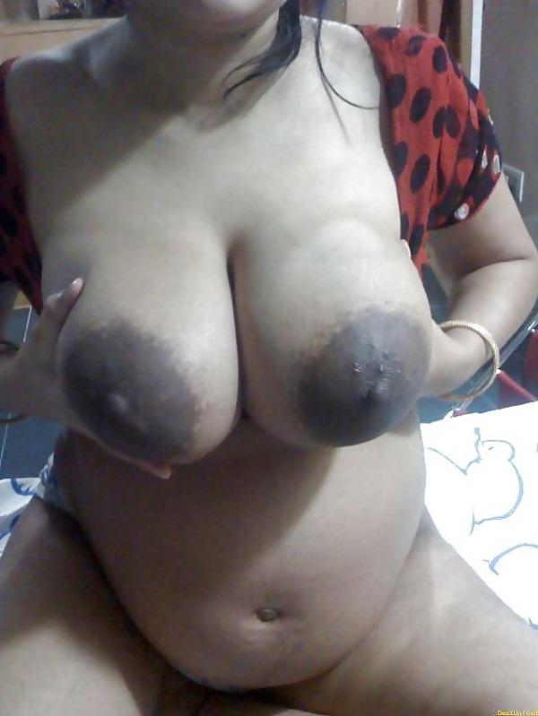 provocative big indian boobs pics - 23