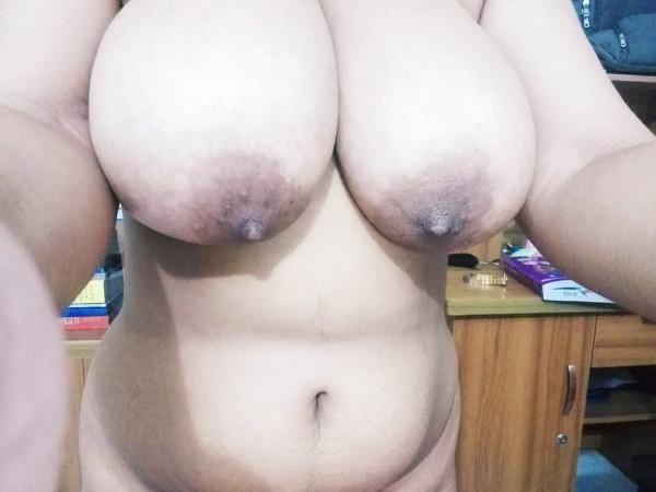 provocative big indian boobs pics - 6