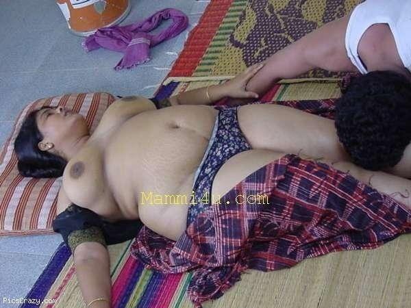 seducing mallu nude xxx gallery - 2