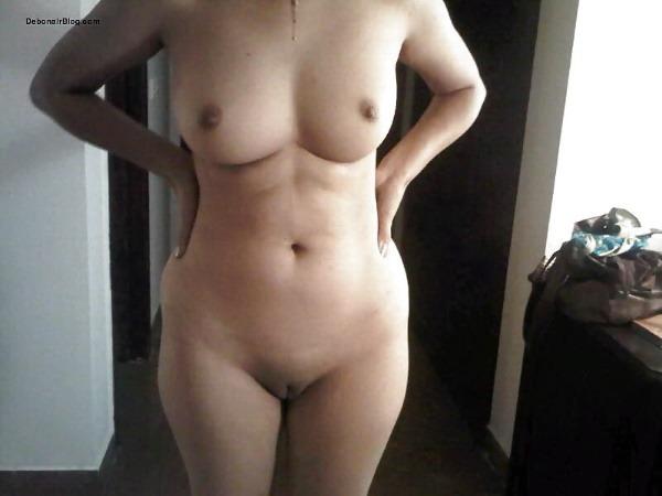 sensual desi naked girls gallery - 29