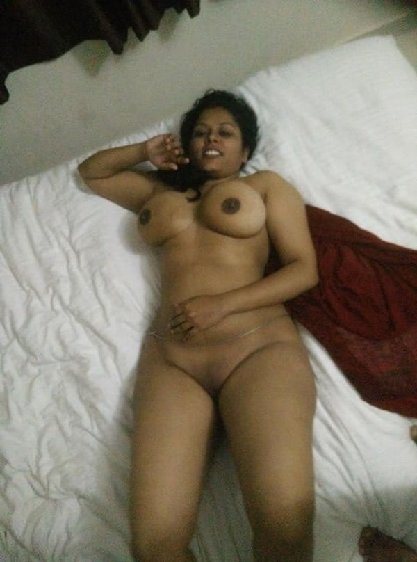 sexy mallu nude gallery packed with provocative pics - 22
